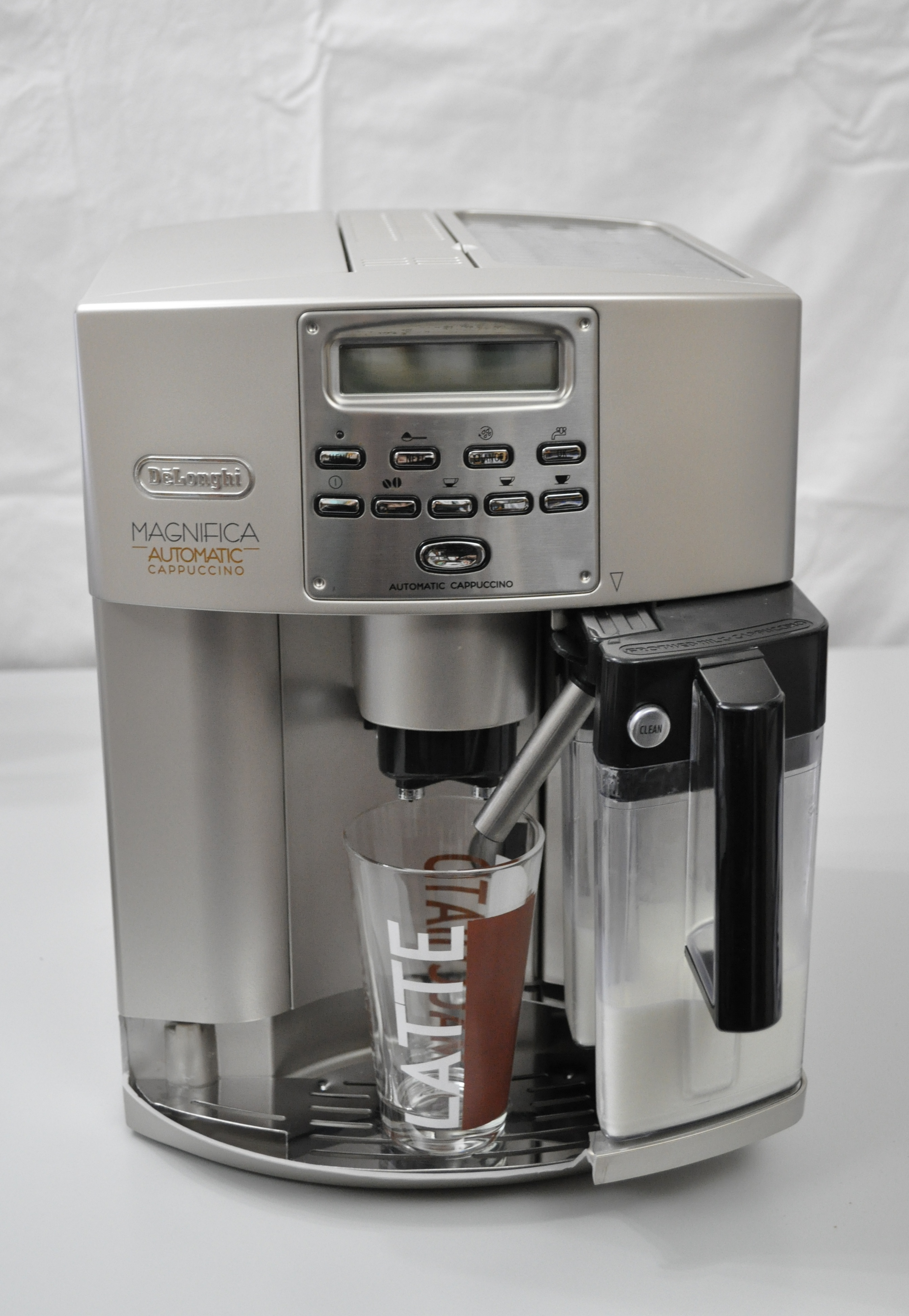 kaffeemaschine latte macchiato g nstig k chen kaufen billig. Black Bedroom Furniture Sets. Home Design Ideas